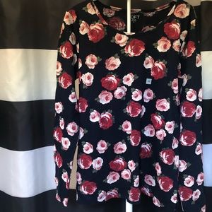 Fem. Floral shirt